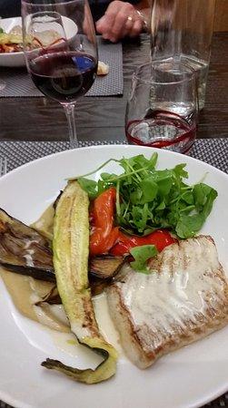Selles-sur-Cher, Francia: poisson; légumes grillés....