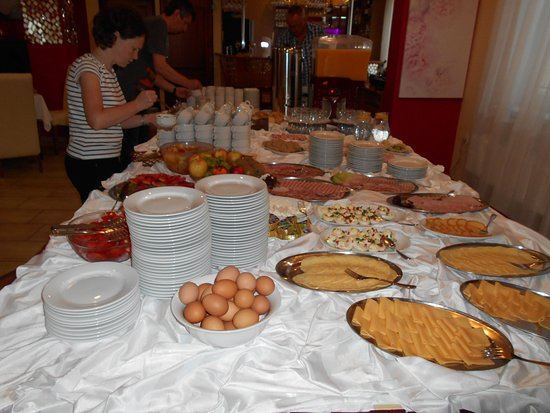 Hotel Mazuria:  еда на завтрак