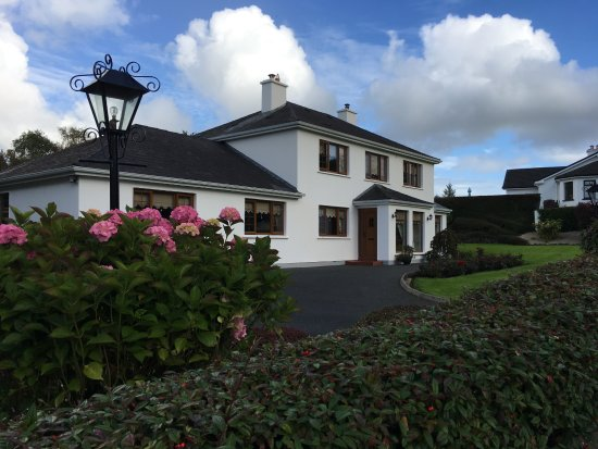 Gay singles events in Ballymote