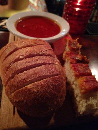 Elkhorn, วิสคอนซิน: Bread and marinara