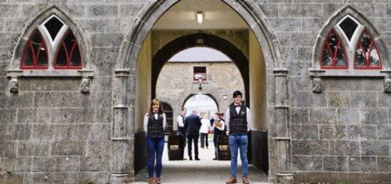 Slane, Ireland: Warmest of welcomes..