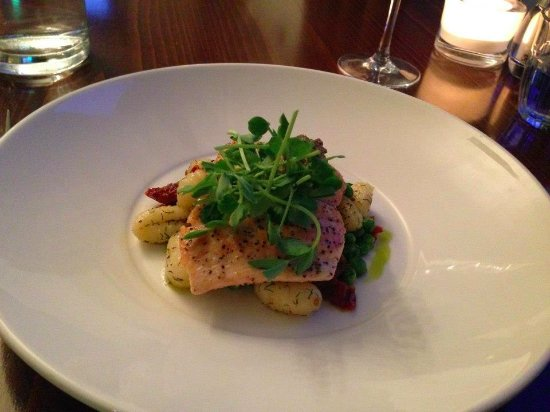 The Douglas Hotel: excellent tasty salmon with gnocchi on a sundried tomato pesto