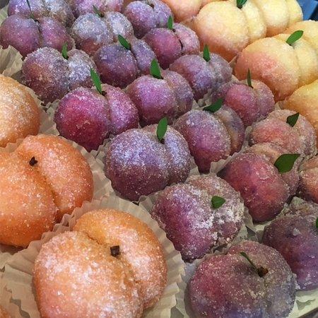 Lacombe, Canadá: pesche dolci, prugne dolci and apricotti