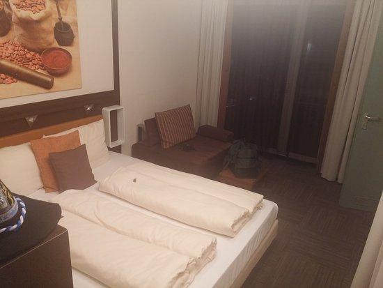 Hotel Lifestyle: 20170930_222729_large.jpg