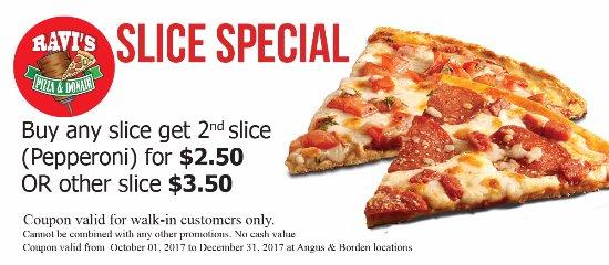 Angus, كندا: Slice Special@ Ravi's Pizza & Donair
