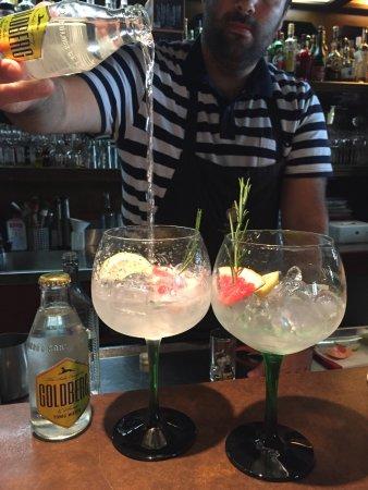 Ahlen, Deutschland: Gin Due & Tonic - vom Meister selbst gemixt