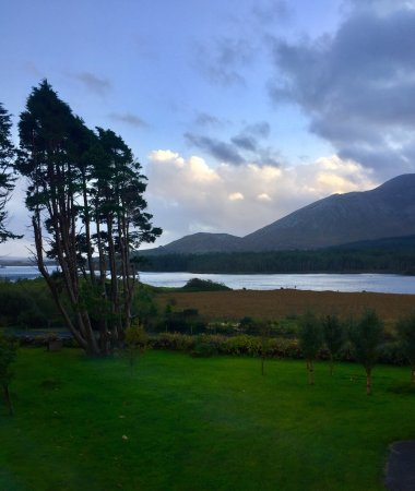 Lough Inagh Lodge: photo2.jpg