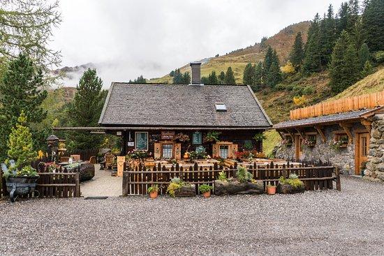 Hippach, Austria: Grünalm - auf der Höhenstrasse
