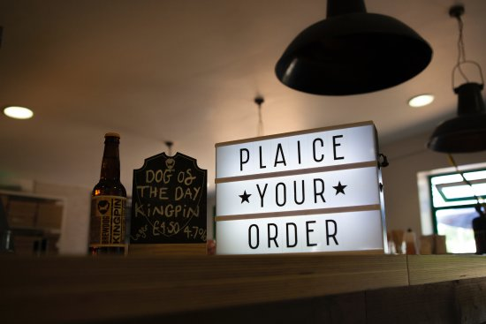 Thornham, UK: Where you order