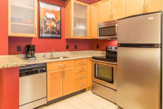 Full kitchen in every suite at the Residence Inn Lexington Keeneland/Airport
