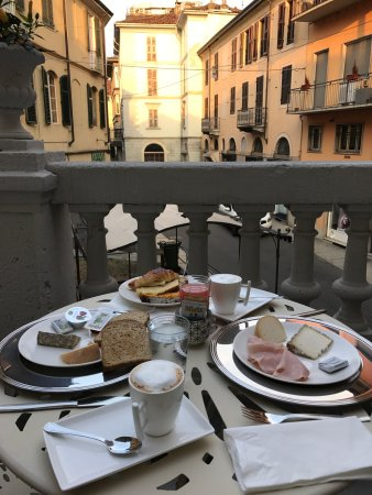 La Terrazza Vercelli Bed & Charme - UPDATED 2018 Prices & B&B ...