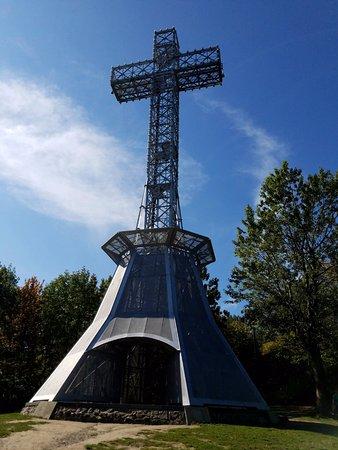 مونتريال, كندا: The Crucifix . . . not much to look at close up.