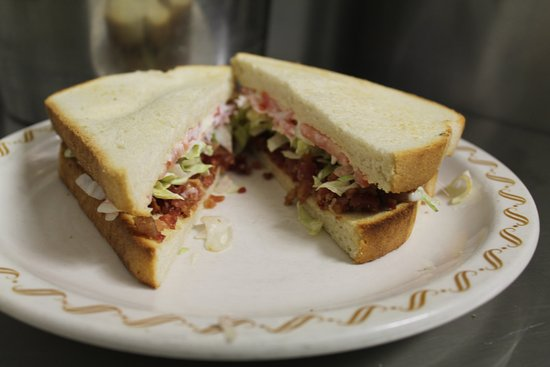Linesville, Πενσυλβάνια: This is the BEST BLT around!!!