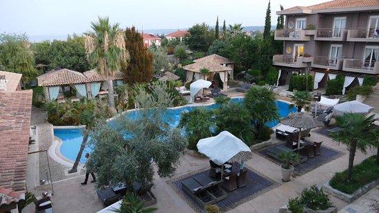 Achtis Hotel Photo