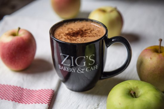 Lititz, PA: Hot apple cider