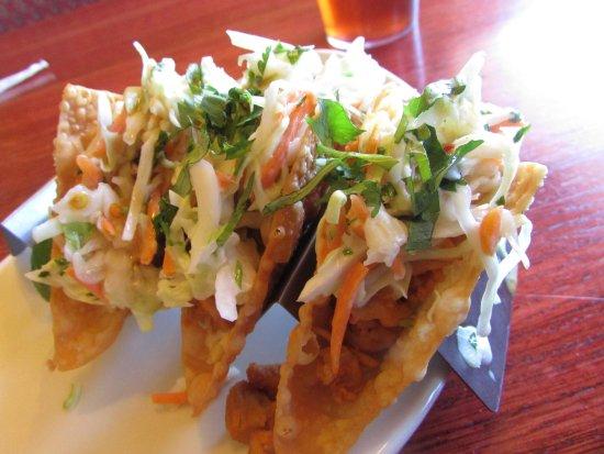 โบมอนต์, แคลิฟอร์เนีย: Wonton Tacos