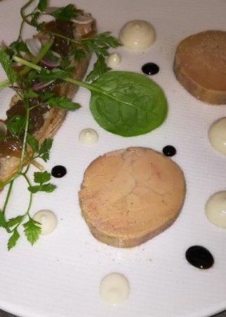 Laille, France: Foie gras mi cuit....