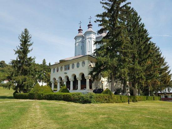 Magura, Rumania: Ciolanu Monastery