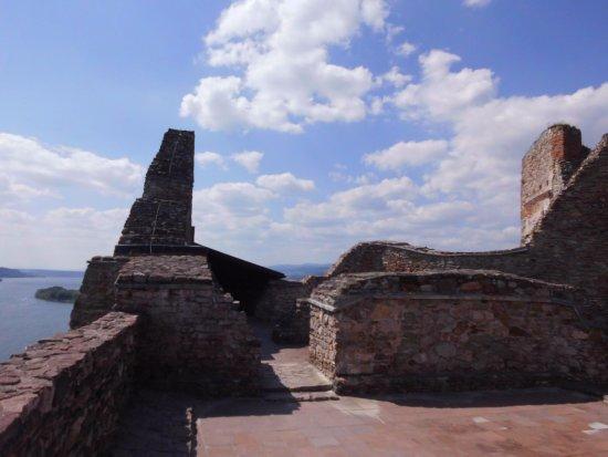 Czorsztyn Castle: Ruins