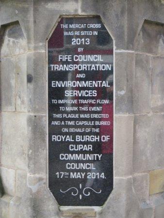 Mercat Cross: plaque