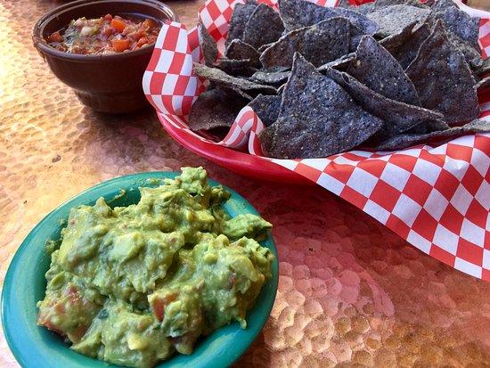 Oscar's Cafe: Super guacamole!