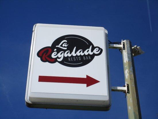 Montpezat d'Agenais, فرنسا: Sign out front