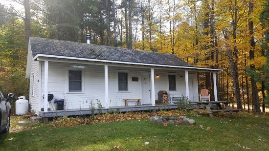 Wevertown, NY: Cabin