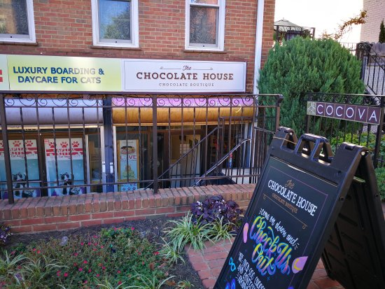 ‪The Chocolate House‬