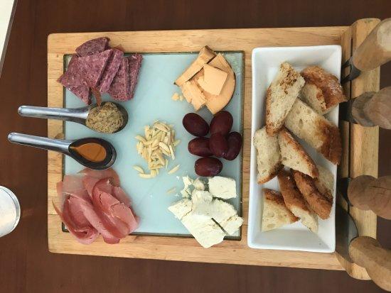 Missouri City, Teksas: Brunch Charcuterie & Cheese Platter