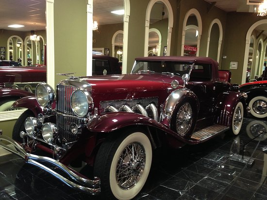 Volo Auto Museum: Oh yeah, it's a beauty