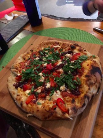Steady Brook, Canadá: Margherita Pizza from THE COVE