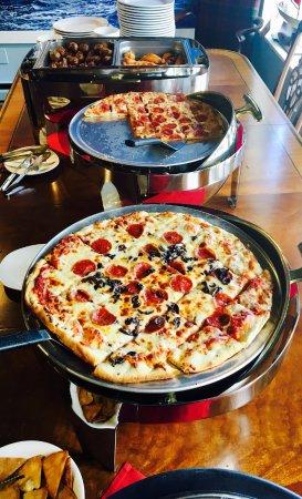 Egg Harbor, WI: Pizza galore!