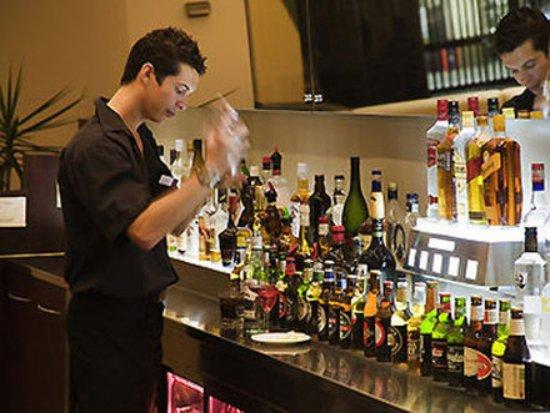 Mercure Perth: Bar