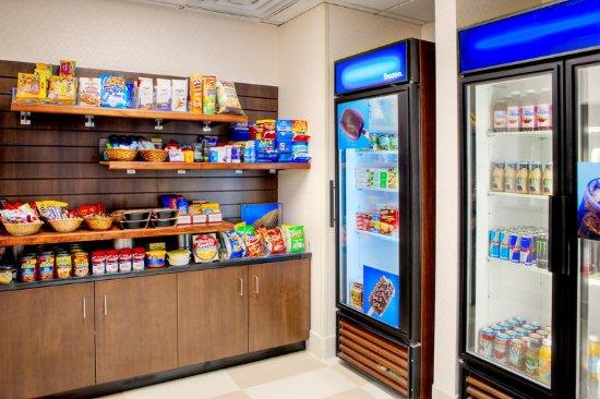 Hampton Inn & Suites Denver Tech Center : Snack Shop