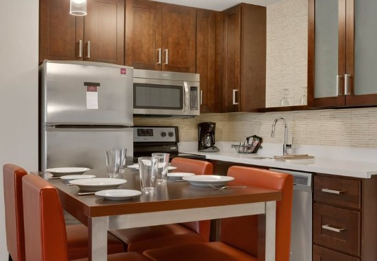 Kingston, Nowy Jork: Suite - Kitchen