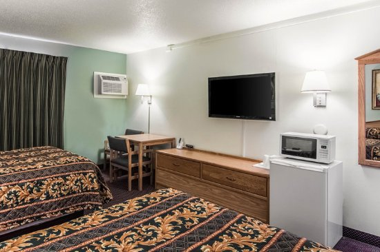 เฟอร์กัสฟอลส์, มินนิโซตา: Guest room