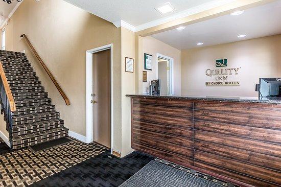 Quality Inn San Simeon: Lobby