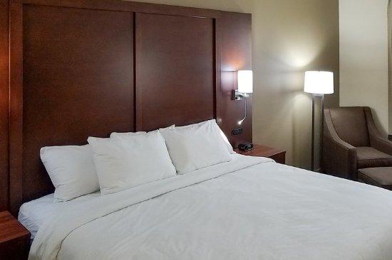 Independence, KS: Guest room