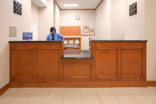Candlewood Suites Mount Pleasant: Guest Services
