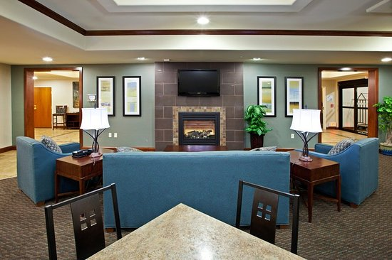 Holiday Inn Express Hotel & Suites Ripley: Breakfast Area