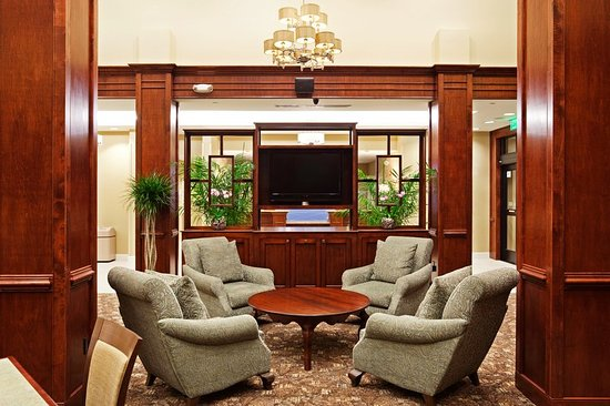Holiday Inn Express Hotel & Suites Mt Pleasant-Charleston: Great Room Lounge