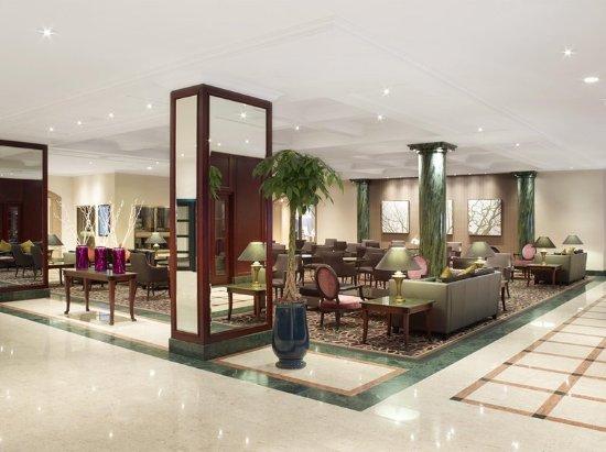 Hilton Antwerp Old Town Lobby Lounge
