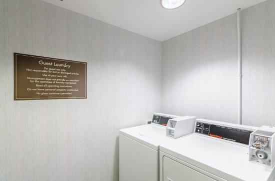 Comfort Inn Grundy: Laundry