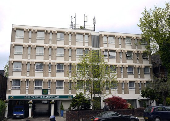 Quality Hotel Hampstead: Exterior