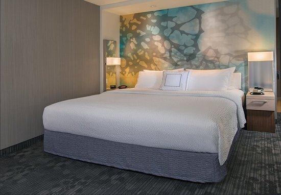 Westwood, MA: King Guest Room Sleeping Area