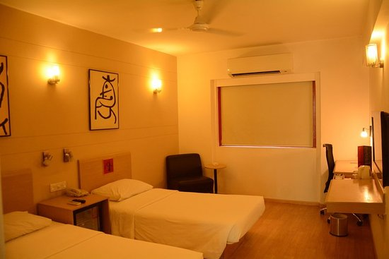 Red Fox Hotel Jaipur: Superior Room