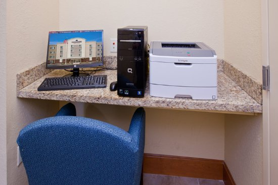 Candlewood Suites Indianapolis East: Business Center