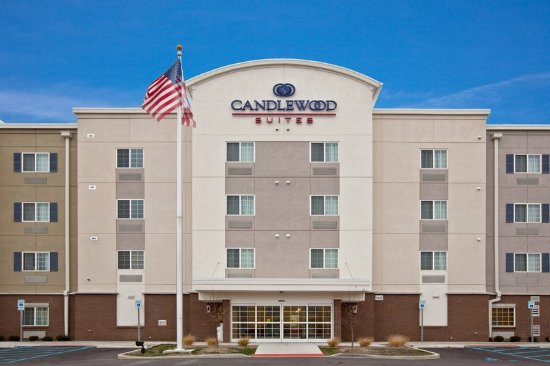 Candlewood Suites Indianapolis East: Hotel Exterior