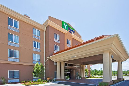 Holiday Inn Express Hotel & Suites Saint Augustine North: Holiday Inn Express and Suites St Augustine Front Elevation