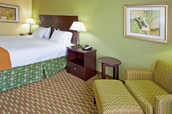 Holiday Inn Express Hotel & Suites Saint Augustine North: King Bed Room